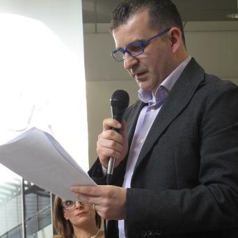 44. Corso di Scrittura CreAttiva - ScriviAmo 2015, Serata alla MEM di Cagliari 11 aprile 2015, Andrea Prost legge, foto by Duranti© - All rights reserved